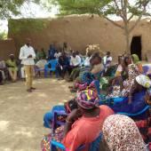 Séance de sensibilisation a Kolongo