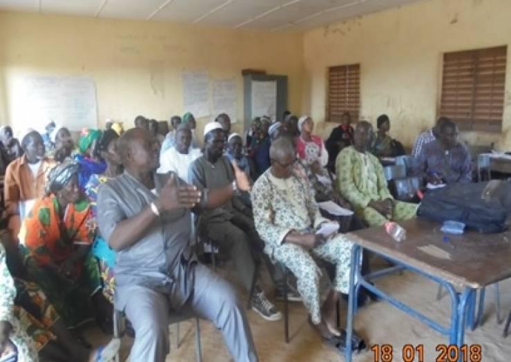 Amélioration de la gouvernance de l'éducation dans la commune rurale de Dandoli